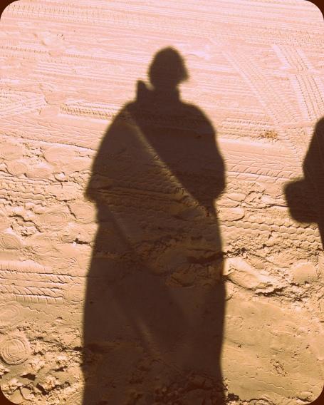 shadow-001